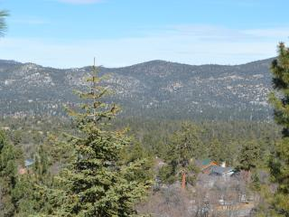 Amazing View Retreat at Big Bear Lake, Big Bear Region