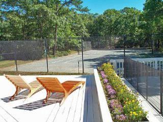 East Quogue, Pool and Tennis