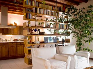 Elegant and quiet B&B in Udine