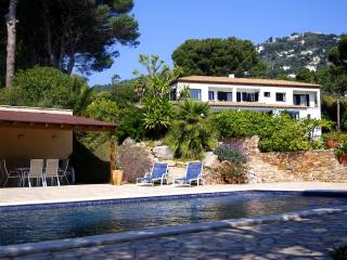100% Private, Seafront villa with private Pool, Begur