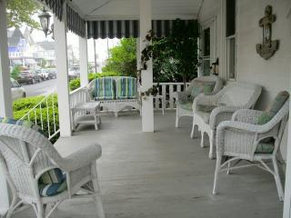 Sweet Apartment on 2nd Beach Block In Beautiful, Victorian Ocean Grove!  Block SLEEPS 4 - Ocean Grove vacation rentals