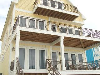Beautiful Beach Front House, Handicap Accessible! Still vacancies in 2015!, Fort Morgan