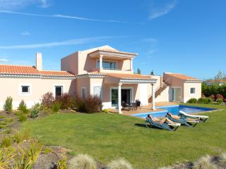3 Bedroom Independent Villa With Private Pool For 6 People - Carvoeiro - REF. VDL138710