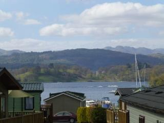 WINDERMERE VIEW LODGE, White Cross Bay, Windermere - Ambleside vacation rentals