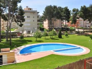 Apartment for 6 persons, with swimming pool , in La Pineda - Catalonia vacation rentals