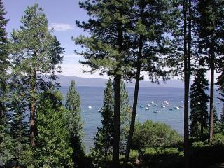 Steps from the Lake, Tahoe City