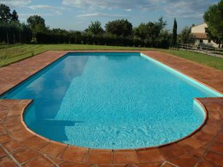 Countryside villa w/private pool - sleeps 9+baby, Campagnatico