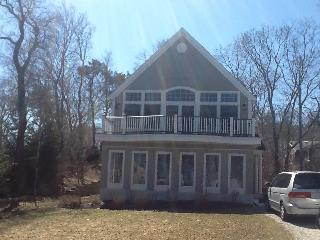 Pristine Sagamore Beach home steps from the beach
