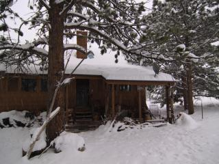 420 friendly lodging for outdoor enthusiasts, Lyons