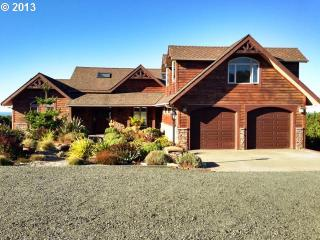 Sounds of the Sea-5bd/4 1/2 bath 4700 sq ft house, Bandon