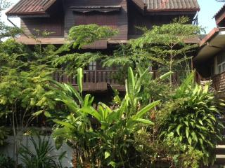 Thai Traditional Teak House - UNIQUE IN BANGKOK !!, Bangkok