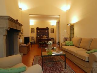 Moro Apartment Vacation Rental, Florence