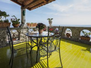 villa sea view at 200 mt  from the beach - parking, Praiano