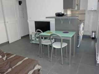 4 rue Domrémy ~ RA24531 - Ile-de-France (Paris Region) vacation rentals