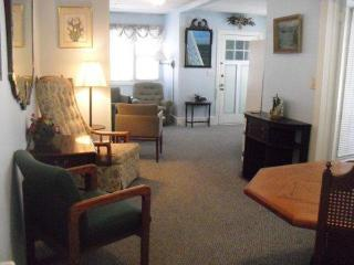 Bright, Clean, Spacious Ocean Grove Summer Rental near Beach and Playground - Ocean Grove vacation rentals