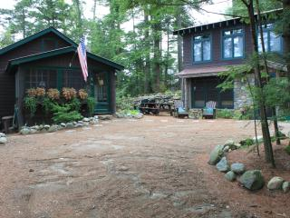 Atateka Point Lodge and Treehouse Guest Cottage, Chestertown