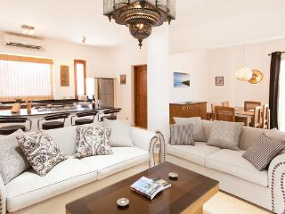 Red Rock Luxury Apartments, Dahab - Mountain View