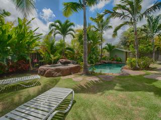 Coconut Cabana: Designer Studio AC Pool near beach, Kailua