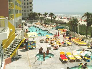Awesome Oceanfront 1Bedroom Condo Sleeps 8., Noord Myrtle Beach