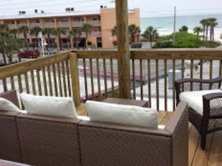 Ohana Hale Beachside  2 Bedroom with Gulf View, Bradenton Beach