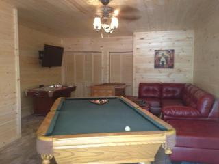 25%off Rem/Dates in Aug New 4BR Luxury Log Home, Branson