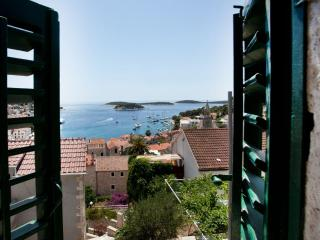 Villa with panoramic sea view in Hvar center