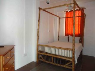 2 fully furnished bedroom apartment, Santa Elena