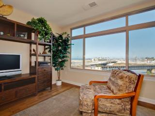 Ocean Harbor~Stunning Views, Gorgeous 2 BR condo!, Oceanside