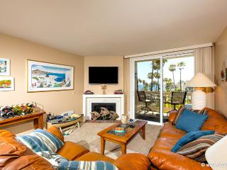Paradise Penthouse~3 BR Penthouse~Pano Ocean Views, Oceanside