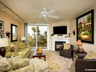 Palm Breezes~Luxury 3BR Ocean/Harbor View Penthous, Oceanside