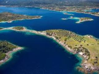 Ormos Panagias, 2 bedr flat, steps from sea,  1., Sithonia