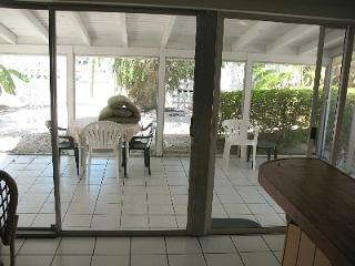 Key Colony Beach Townhouse 3 BR private yard/dock