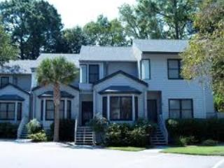 2 Bdrm Ocean Breeze Close to Beach, Pool &Tennis, - Hilton Head vacation rentals