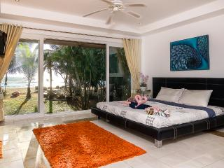 Luxury Beach Front Villa Ban Sonthaya (5 bedrooms), Ko Chang
