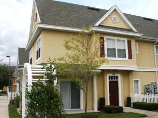 4 Bedroom Townhouse Close To Disney, Kissimmee