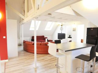 3 Creativ Penthouse near de Versailles-2 ml from Chateau 8 pers., Saint Cyr l'Ecole
