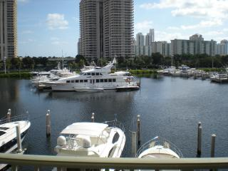 The Yacht Club at Aventura. Water view condo.