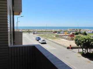 Apartment close to the beach for 4 people  with sea view - PT-1078760-Praia de Esmoriz - Beiras vacation rentals