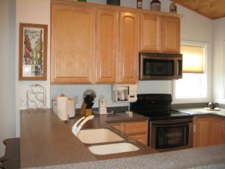 Luxurious and Spacious Condo w / Mile High  Views, Beech Mountain