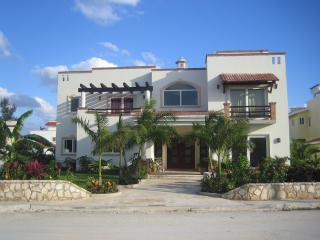 Luxury Ocean View Villa Andalucia 7000sq.ft.in Pla, Playa del Carmen