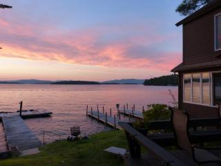 Lake Winnipesaukee Waterfront - Sleeps 15 - Lakes Region vacation rentals