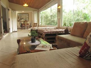 Huge house with beautiful view, peace & luxury, Paraty