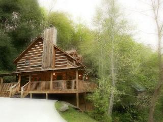 Cabin by the Creek, Pigeon Forge