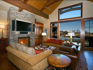 Spacious See Forever Village Condo - Close to Telluride Golf Club (6695)