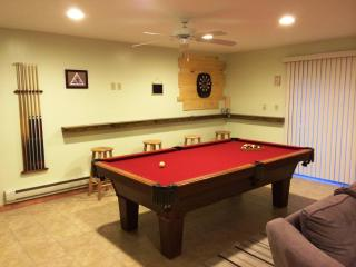 Lake Beach, Sauna, Pool Table, Fireplace, Ski, Albrightsville