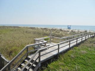 Sand Pebbles Unit C9 122129 - Carolina Beach vacation rentals