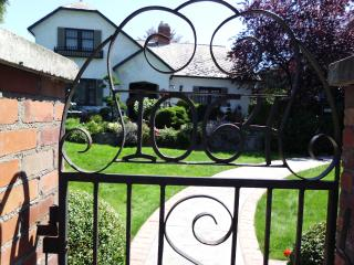 Primrose Place Quaint,private, Beautiful self cont, Penticton