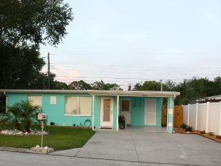 Beautiful Newly Renovated Cottage Great Location - Largo vacation rentals