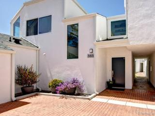 PETS WELCOME. Ocean views across from the track!!, Solana Beach