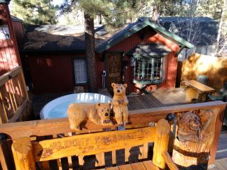 Almost Paradise-The PERFECT Cozy Romantic Getaway!, Big Bear Lake